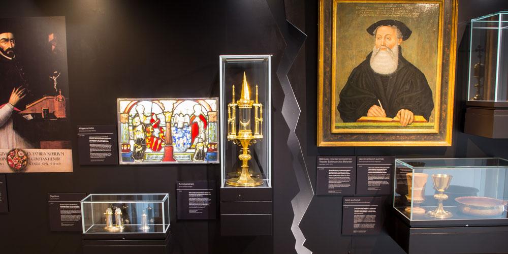 Die Schlossausstellung thematisiert die Spaltung der Kirche im Thurgau.