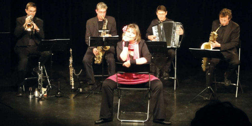 Satie's Fraktion und Andrea Jost mit ihrem aktuellen Programm.